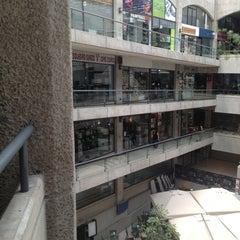 Photo taken at Centro Comercial Omnium by Kikue S. on 1/12/2013