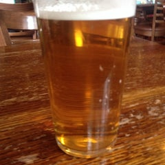 Photo taken at The High Cross (Wetherspoon) by MySick B. on 7/31/2014
