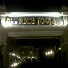 Photo taken at The Sahid Rich Jogja by Alphien D. on 3/25/2013
