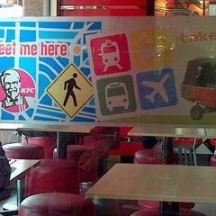 Photo taken at KFC by Trisye W. on 8/17/2013