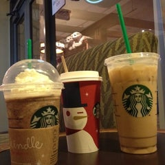 Photo taken at Starbucks by Shelly P. on 11/4/2012