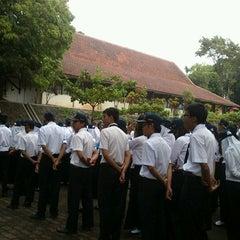 Photo taken at Kampus D3 Fakultas Teknik UNDIP by Pitraa on 10/6/2012