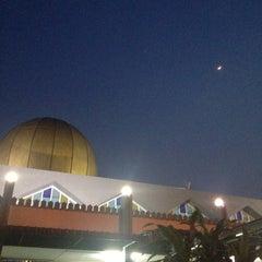 Photo taken at Masjid Taiping by Fariz R. on 10/17/2015