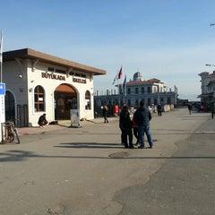 Photo taken at Büyükada Motor İskelesi by Hasan D. on 2/19/2013