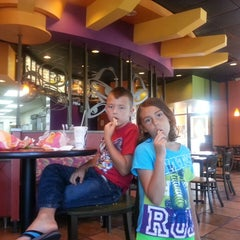 Photo taken at Taco Bell by Christie Dawn O. on 5/27/2013