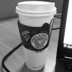 Photo taken at EDIYA COFFEE by Wonjong S. on 12/26/2013
