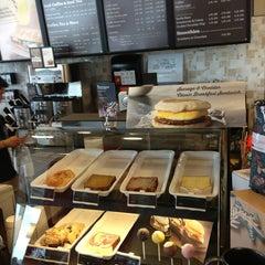 Photo taken at Starbucks by Kavian M. on 9/2/2013