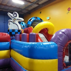 Photo taken at Pump It Up by Jeanna R. on 10/28/2012