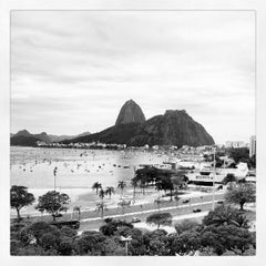 Photo taken at Enseada de Botafogo by Luiz R. on 9/23/2012