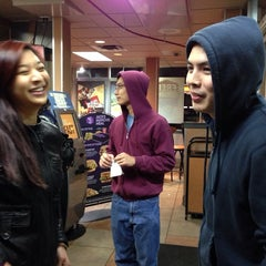 Photo taken at Jack in the Box by Vivian C. on 11/16/2014