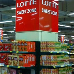 Photo taken at Lotte Mart by EOS on 10/2/2012