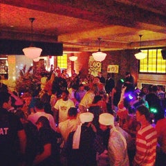 Photo taken at Lavo by Darlyn P. on 10/27/2012