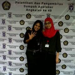 Photo taken at Fakultas Farmasi Universitas Pancasila by Fadhilah F. on 4/27/2013