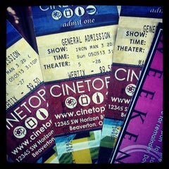 Photo taken at Cinetopia by Tunacan J. on 5/5/2013