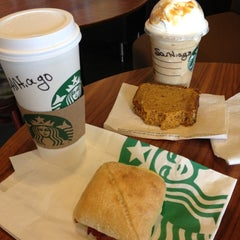 Photo taken at Starbucks by Chago S. on 10/23/2012