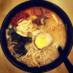 Photo taken at Ajisen Ramen by Shea Leen T. on 8/2/2013