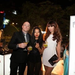 Photo taken at The Rooftop Bar & Restaurant by Olivier W. on 10/19/2012
