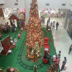 Photo taken at Buriti Shopping by Mauricio J. on 11/25/2012