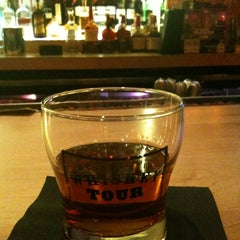 Photo taken at Maker's Mark Bourbon House & Lounge by Eddie M. on 10/16/2012