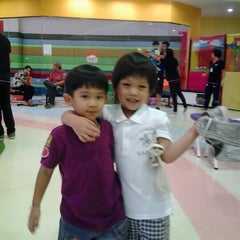 Photo taken at Kidz Sportland by Warachai C. on 9/29/2012