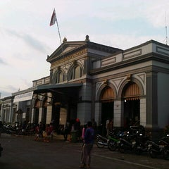 Photo taken at Stasiun Solo Jebres by umbar p. on 11/4/2012