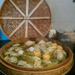 Photo taken at Dim Sum Station by Mashav S. on 11/16/2012