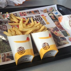 Photo taken at Burger King® by Sanzy I. on 8/5/2015
