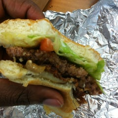 Photo taken at Five Guys by Sonnett S. on 11/12/2012