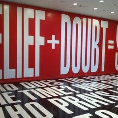 Photo taken at Hirshhorn Museum and Sculpture Garden by Robert U. on 6/29/2013