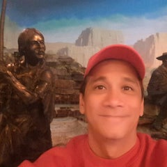 Photo taken at Drury Plaza Hotel - St. Louis at the Arch by Ritche Van A. on 9/9/2015