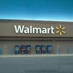 Photo taken at Walmart Supercenter by Jonathan E. on 10/12/2012