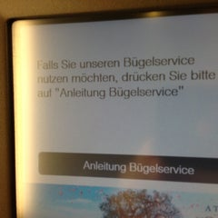 Photo taken at Lufthansa Welcome Lounge (Arrival Lounge) by Curt Simon H. on 11/5/2012
