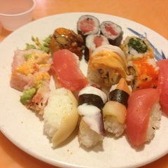 Photo taken at Asian Buffet Sushi And Grill by Кэт Б. on 3/8/2013