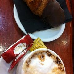 Photo taken at Panet, Mos & Cafè by Mireia L. on 12/19/2012