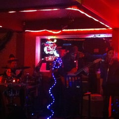 Photo taken at Westside Bar & Grill by Genie D. on 11/22/2012