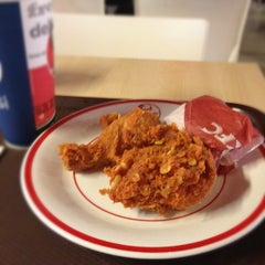 Photo taken at KFC by M.Sauqy D. on 9/26/2012