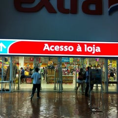 Photo taken at Extra by Ricardo Regis B. on 10/9/2012