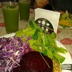 Photo taken at Nutri Vida Restaurante by Pedro Henrique S. on 10/22/2012