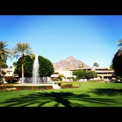 Photo taken at Arizona Biltmore, a Waldorf Astoria Resort by Tim R. on 11/29/2012