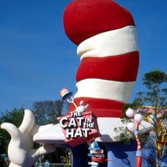 Photo taken at The Cat in the Hat by Orlando e. on 1/4/2013