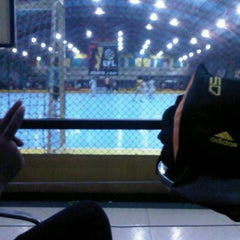 Photo taken at Gool Futsal Mangga Dua by Naddella Ns on 12/14/2013