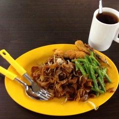 Photo taken at Fu San Man Food Summons by walter g. on 8/10/2014