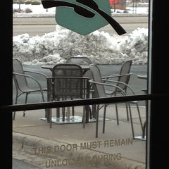 Photo taken at Caribou Coffee by Kimarie T. on 4/21/2013