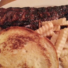 Photo taken at Sonny's BBQ by Dawn J. on 1/18/2015