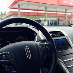 Photo taken at Avis Car Rental by Ravi S. on 7/20/2015
