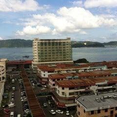 Photo taken at Horizon Hotel by Azlinda F. on 12/14/2012