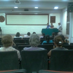 Photo taken at Facultad de Letras y Comunicación by Zandunga M. on 10/26/2012