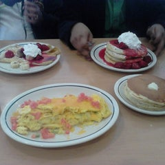 Photo taken at IHOP by Piyush S. on 2/10/2013