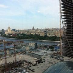 Снимок сделан в Башня «Федерация» / Federation Tower пользователем Тима Н. 7/1/2013
