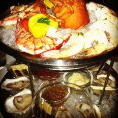 Photo taken at Eddie V's Prime Seafood by Tara V. on 11/6/2012